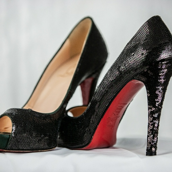 huge selection of b0024 f77c0 Christian Louboutin Very Prive Sequin Pumps